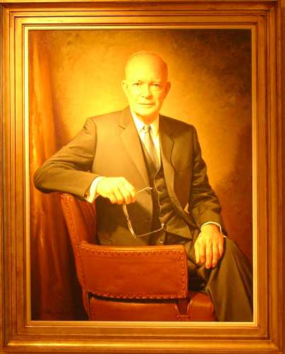 Dwight D. Eisenhower offical portrait
