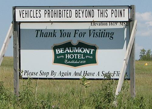 Beaumont Hotel Airport - Beaumont, Kansas