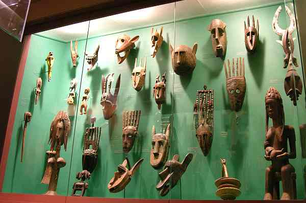 Safari Museum masks