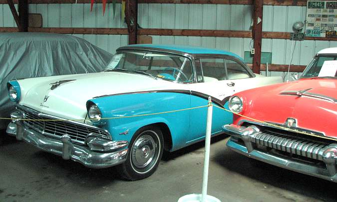 1956 Ford Victoria, 1954 Mercury