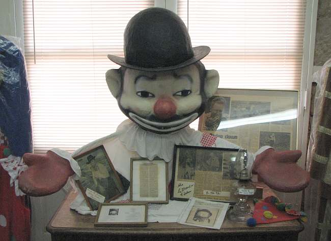D.W. Washburn's Sparky the Clown