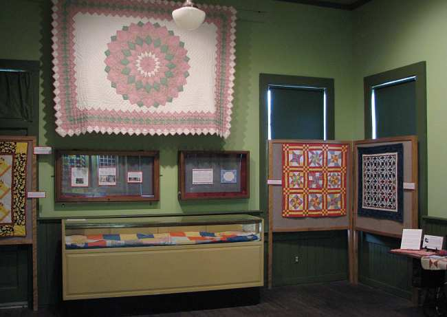 quilt display in the Lansing Historical Museum
