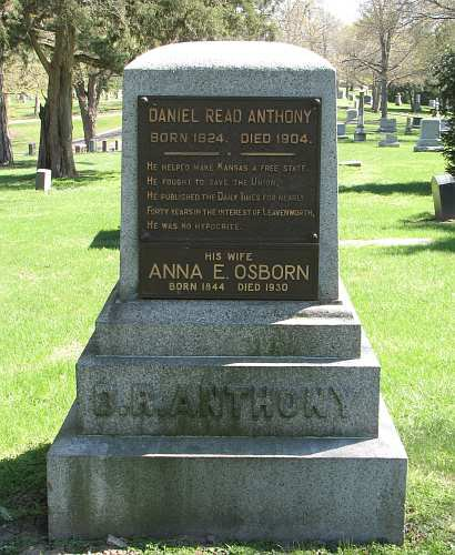 D. R. Anthony headstone