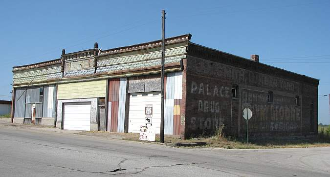 Galena buildings along historic Route 66.