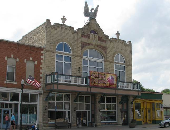 Columbian Theatre, Museum and Art Center