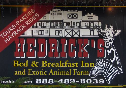 Hedrick's Exotic Animal Farm Bed and Breakfast - Nickerson, Kansas