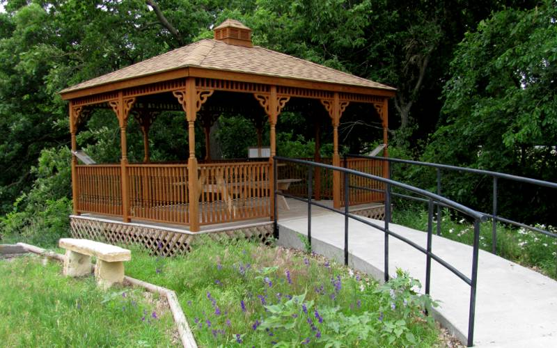 Gazebo at the South Fork Spillman Creek Double Arch Bridge