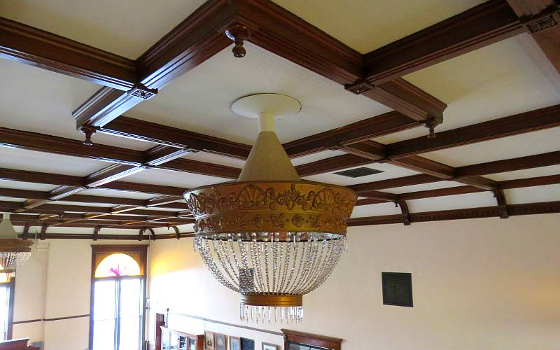 Court room light fixture - Ottawa, Kansas