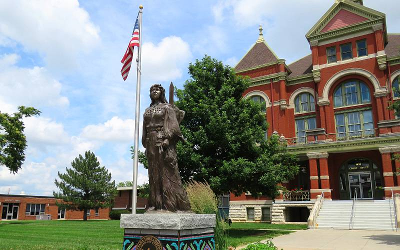 Byffal Woman statue by Charlie Norton - Ottawa, Kansas